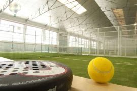 Reserva pista en PadelClub London, juega al pádel en London